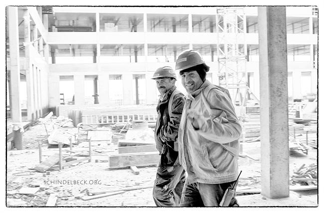 Die freundlichen Jungs von der Baustelle - Photo Schindelbeck