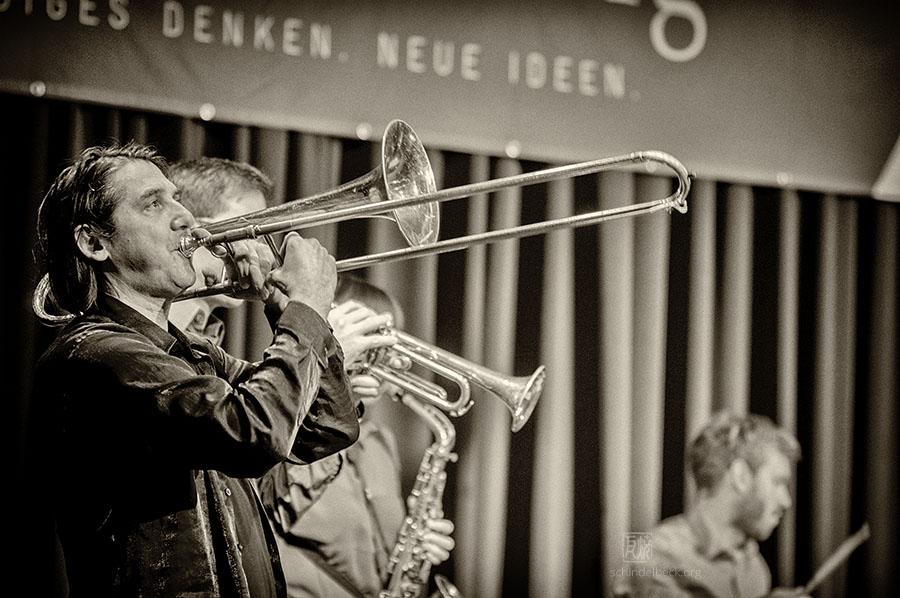 Gerhard Gschlössl - mit dem Nikolaus Neuser Quintett - Photo: Frank Schindelbeck